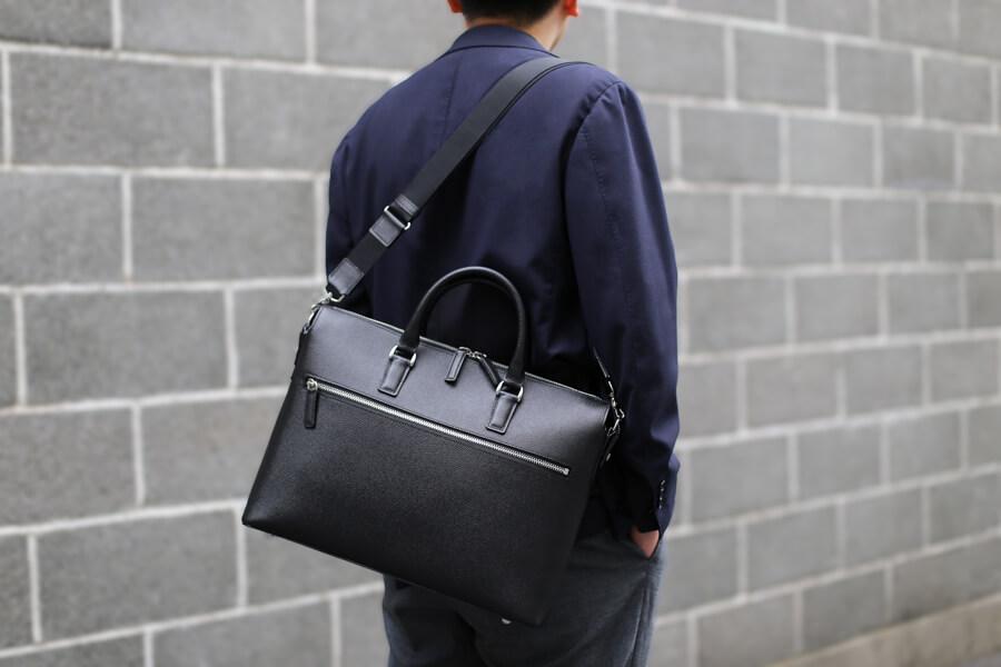 ビジネスバッグの種類と特徴 SOMÈS SADDLE 2wayブリーフケース