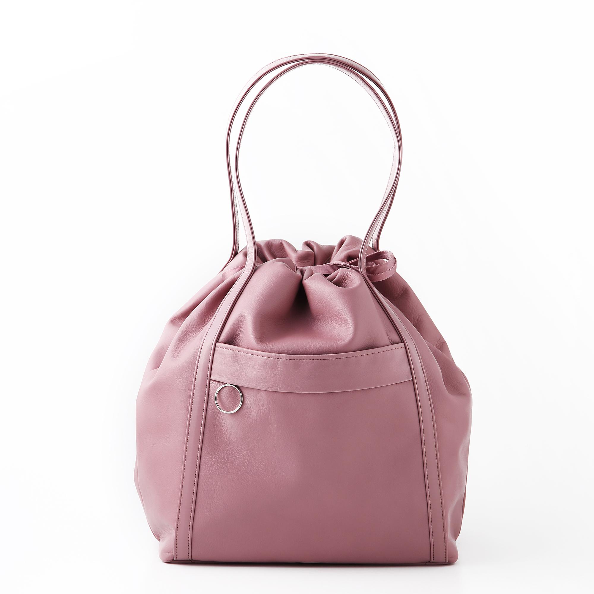 レディースバッグで人気のピンクのハンドバッグ